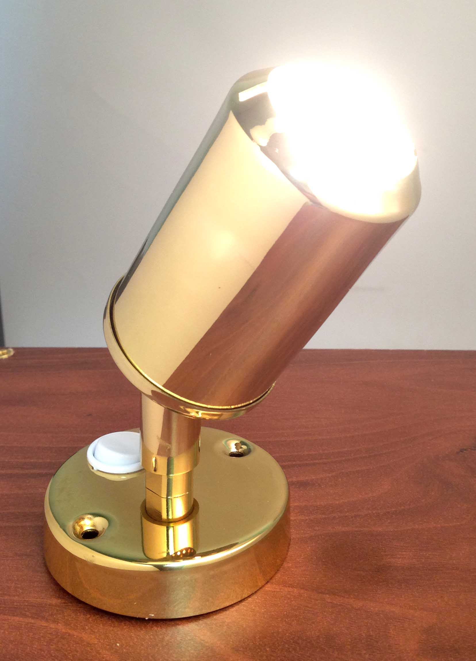 LACQUERED BRASS ACCENT READING LIGHT MARINE BOAT 20W HALOGEN BUL